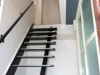 大阪 住之江区 戸建 リノベーション エントランス 階段